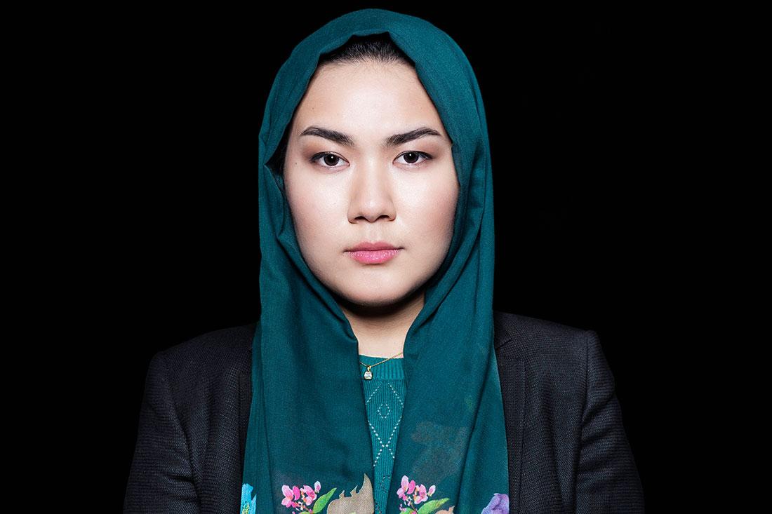 Fatemeh Khavari, Ung i Sverige